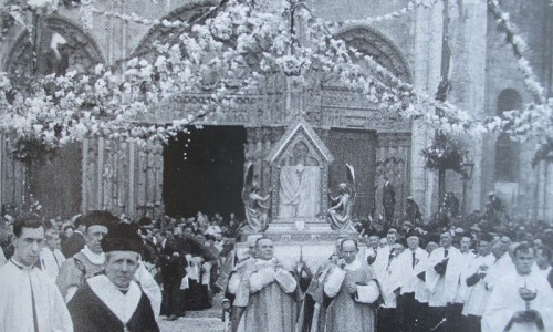 Procession_ND_Boulogne
