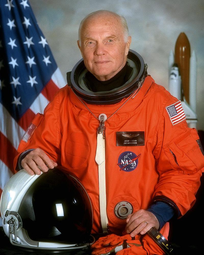 John Glenn, foto NASA, sursa Wikipedia.