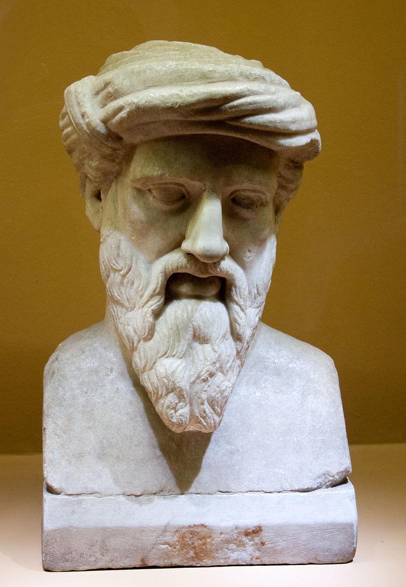 Bustul lui Pitagora. Copie romană după o statuie originală grecească, se găseşte la Roma, Muzeul Capitolini. Sursa foto Wikipedia.