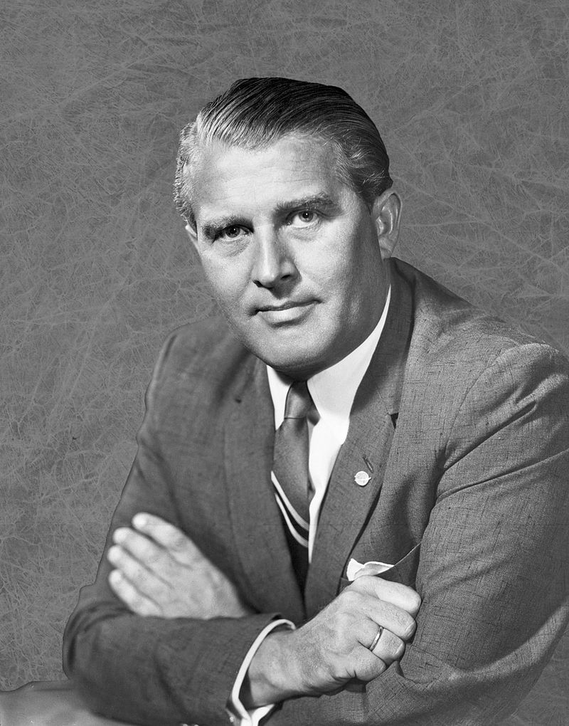 Wernher von Braun. Autor foto NASA/Marshall Space Flight Center,  Wikipedia.